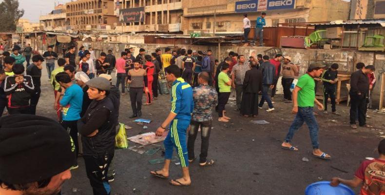 El doble atentado se llevó a cabo en un mercado al aire libre de un distrito chiita de Bagdad (Crédito: AP)