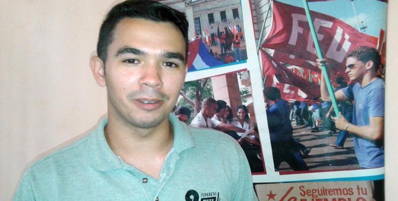 Siete años tenía Raúl Alejandro cuando la última Reforma Constitucional en Cuba. Foto: María Elena Álvarez Ponce