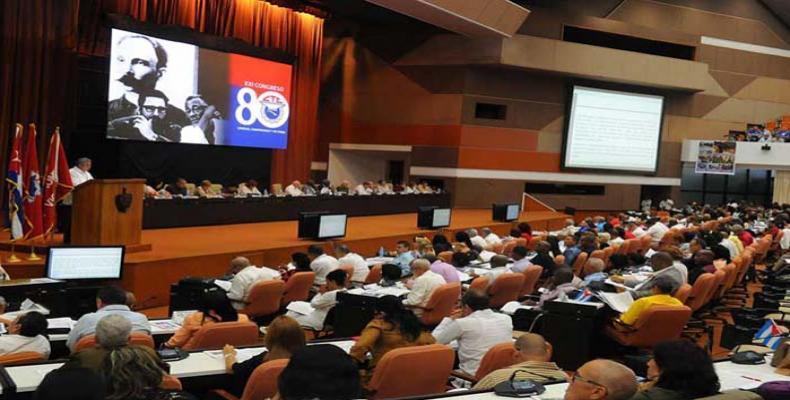 Kongreso de la laboristoj en la Kongresa Palaco