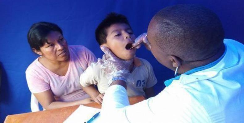 Más de 400 000 médicos y profesionales cubanos de la salud han estado presente en 164 países a lo largo de casi seis décadas de cooperación.Foto:Enmanuel Vigil
