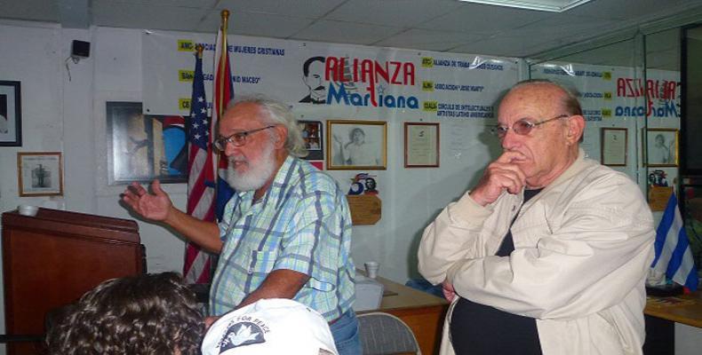Andrés Gómez Barata en la sede de la Alianza Martiana