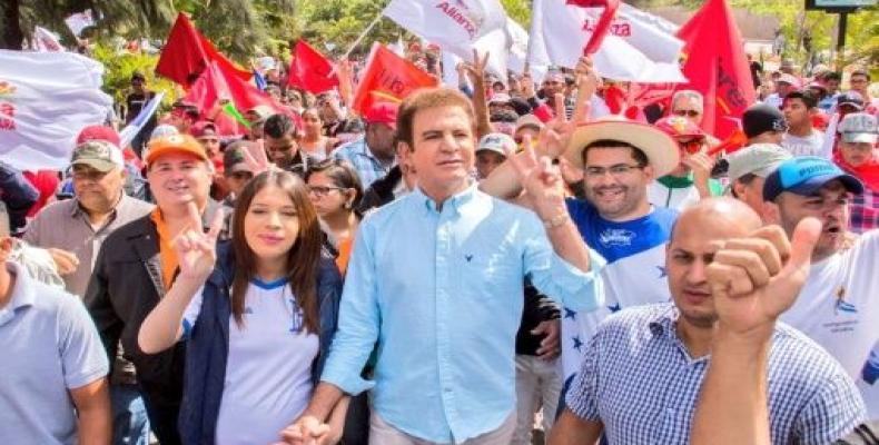 Nasralla y sus seguidores reclaman triunfo