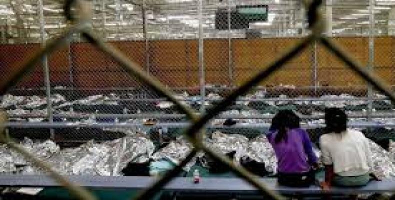 """Alrededor de 2,500 infantes fueron separados de sus padres luego de anunciarse por la administración Trump la política de """"tolerancia cero"""".Foto: Archivo"""