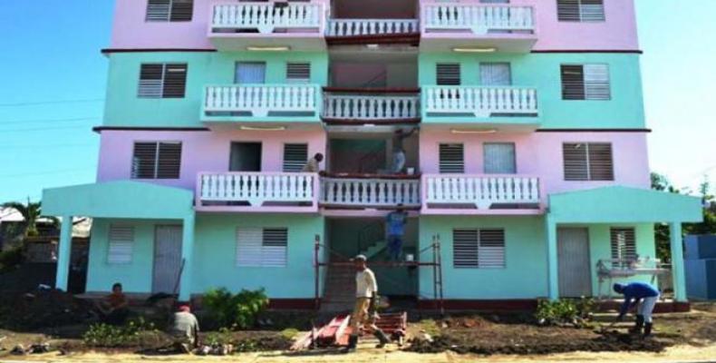 Nuevas viviendas en Baracos.  Foto: Diario Granma