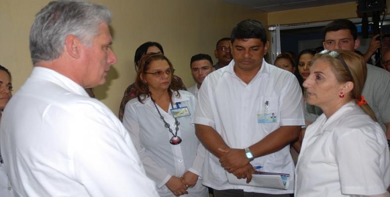 Díaz-Canel vizitas Guantánamon