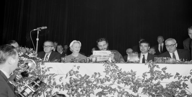 Fidel called upon the national bourgeoisie to stay in Cuba and to manage their companies in alliance with the revolutionary project.