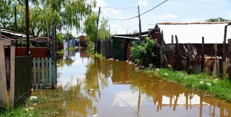 O governo da Bolívia declarou no país o estado de emergência para desastres naturais por causa das fortes chuvas dos últimos dias.