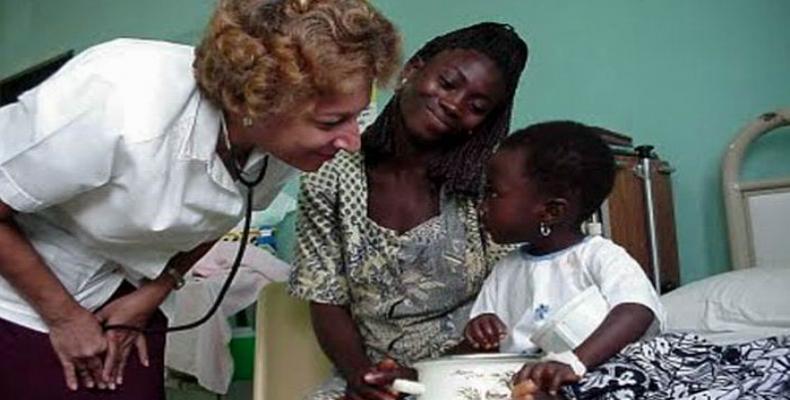 Las buenas experiencias y prácticas médicas de los cubanos son reconocidas internacionalmente. Foto: Archivo