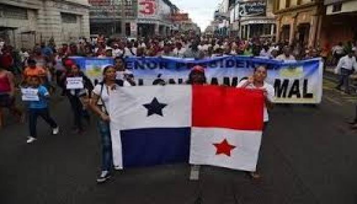 Los transportistas de carga de Panamá mantienen el cierre del paso de mercancías en la provincia de Chiriquí,