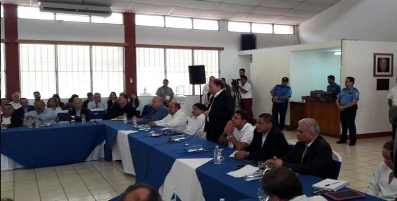 Mesa de diálogo en Nicaragua