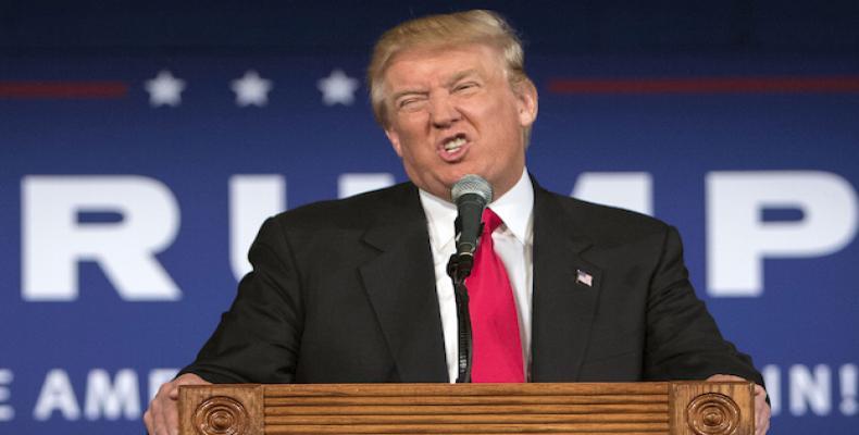 Trump substitui secretário norte-americano de Estado.