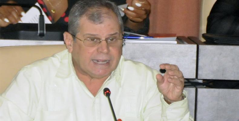 Homero Acosta, sekretario de la ŝtata konsilantaro