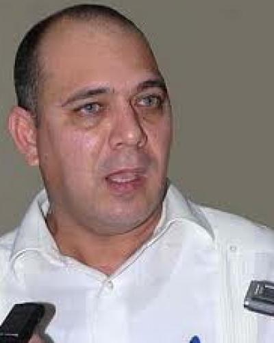 Cuban Health Minister Roberto Morales