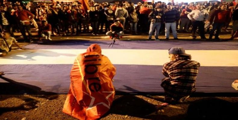 Partidarios de Nasralla esperan resultados oficiales de elecciones hondureñas