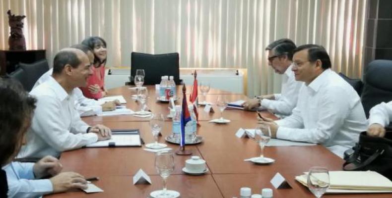 Rogelio Sierra, vice-ministre des Affaires étrangères présidait la délégation cubaine. Photo Minrex