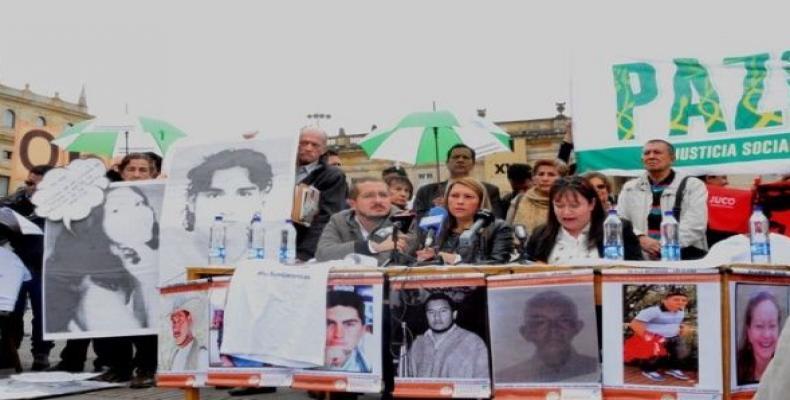 Colombianos denuncian en las calles los crímenes de dirigentes políticos y sociales