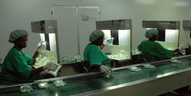 Laboratorio Farmacéutico de Oriente. Foto: Miguel Rubiera Justiz/ACN