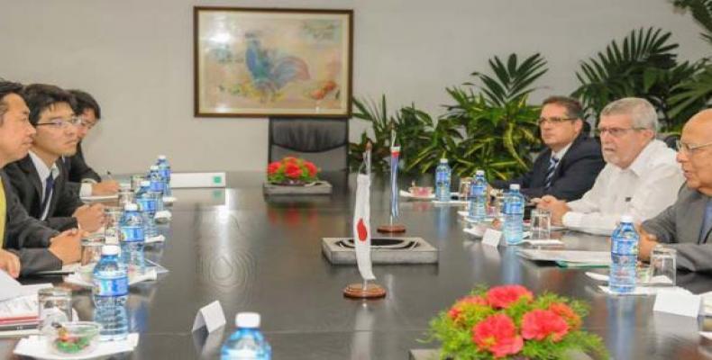Le vice-ministre japonais des Affaires étrangères avait auparavant été reçu par Ricardo Cabrisas, vice-président du Conseil des ministres.