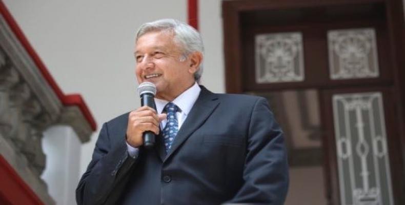 López Obrador adelantó que su Ejecutivo dará prioridad a la medicina preventiva en las zonas más pobres del país.Foto:Internet.