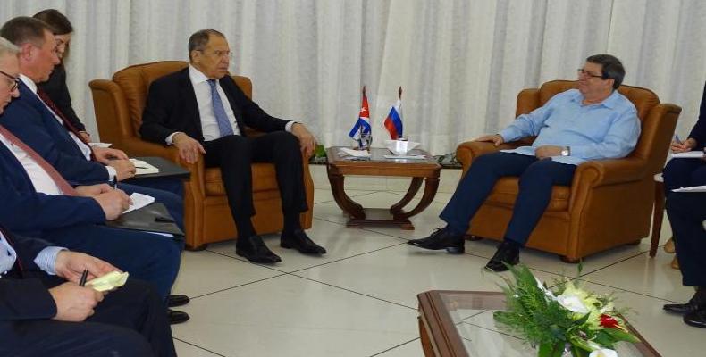 Sergueï Lavrov, s'est entretenu, le 5 février dernier, à Santiago de Cuba avec son homologue cubain, Bruno Rodríguez.