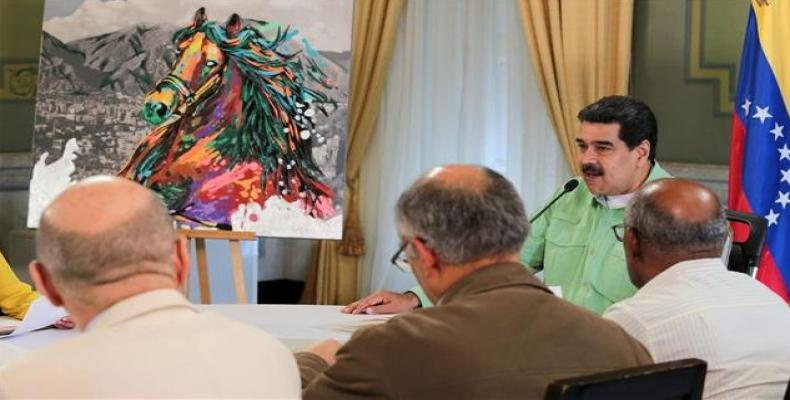 President Nicolas Maduro during meeting with doctors. Photo: Twitter / @PresidencialVen