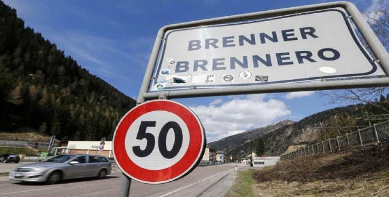imagen de la frontera entre Italia y Austria, tomada de www.lavanguardia.com