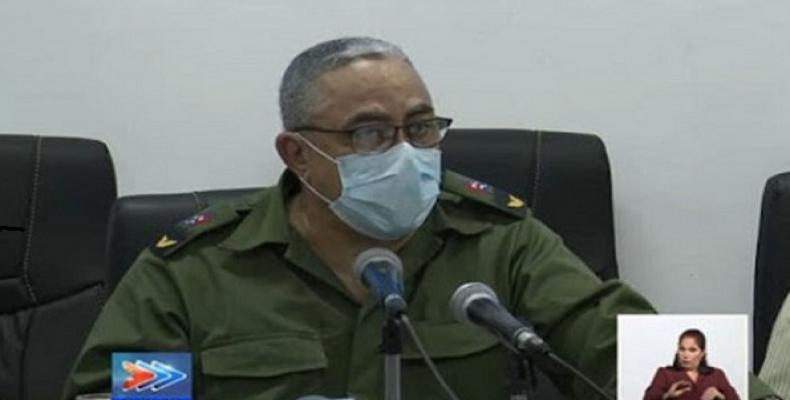 Explicó Torres Iríbar que también se aumenta el procesamiento de las pruebas PCR y las pesquisas activas. Foto: Radio Ciudad De La Habana