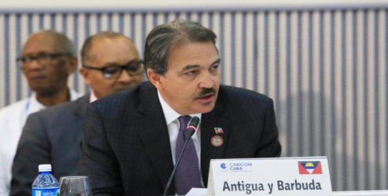 Charles Fernández manifestó su agradecimiento al pueblo y gobierno cubanos. Foto: Cubaminrex