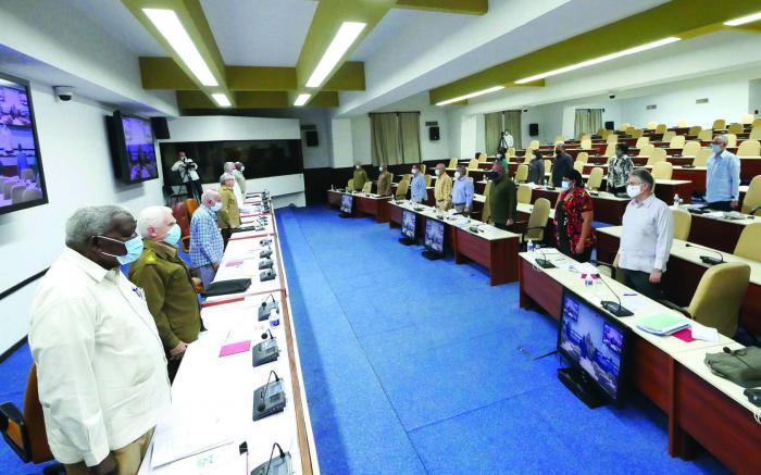 Le Bureau politique analyse des questions de la vie économique et sociale du pays