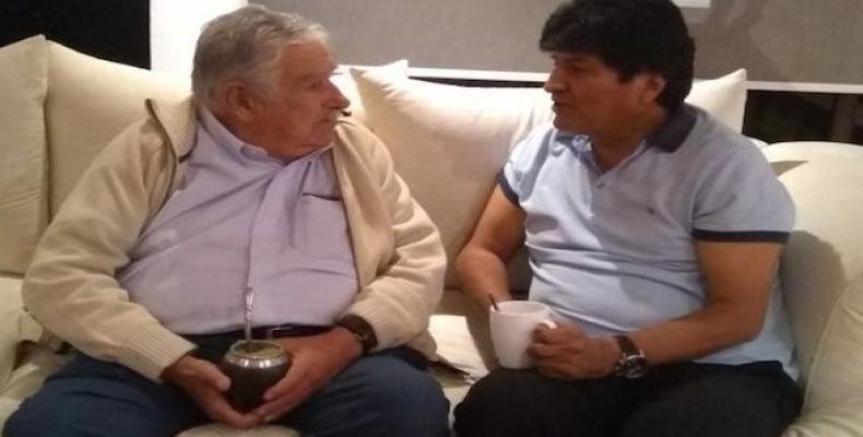 Former Uruguayan President Jose Mujica and ousted Bolivian President Evo Morales.  (Photo: Prensa Latina)