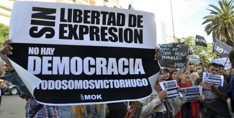 Protesta de los trabajadores de la planta impresora de Artes Gráficas Rioplatenses del Grupo Clarín