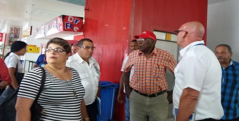 Valdés Mesa recorrió sitios de interés económico y social de la provincia matancera. Foto tomada de Radio Reloj