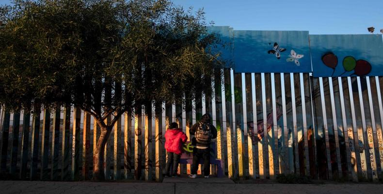 U.S. plans to send asylum seekers back to Mexico while awaiting claims processing.  Photo: teleSUR