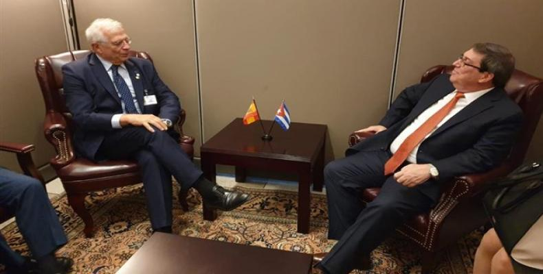 Spain's acting Minister of Foreign Affairs, Josep Borrell (left) meets Bruno Rodríguez. TWITTER JOSEP BORRELL Photo