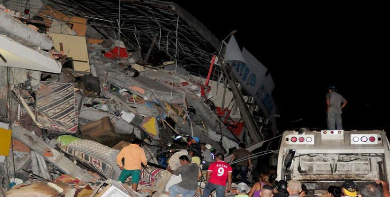 Terremoto en Ecuador devastó numerosos edificios