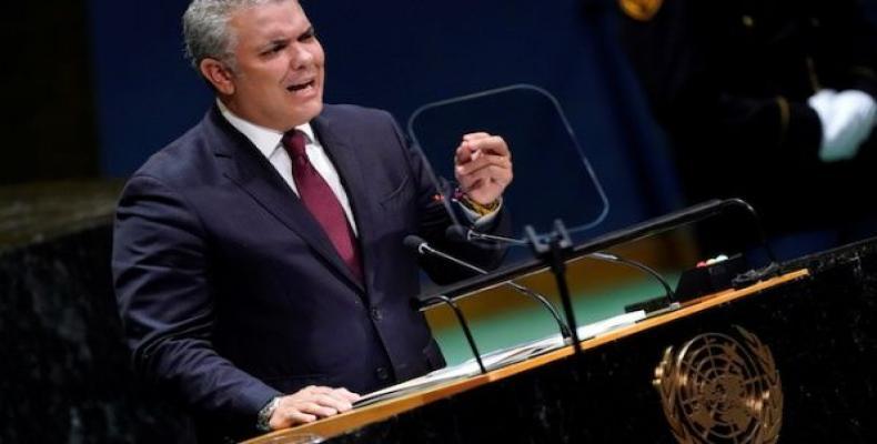 El presidente Iván Duque, ahijado político de Álvaro Uribe, apostó por la inocencia de su mentor. Fotos: Archivo
