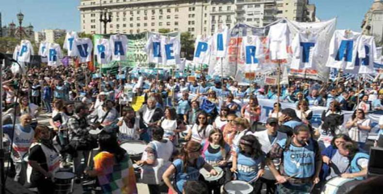 Docentes argentino en una anterior marcha de protesta