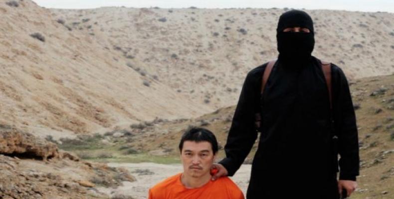 Periodista japonés Kenji Goto minutos antes de ser ejecutado por John el Yihadista.