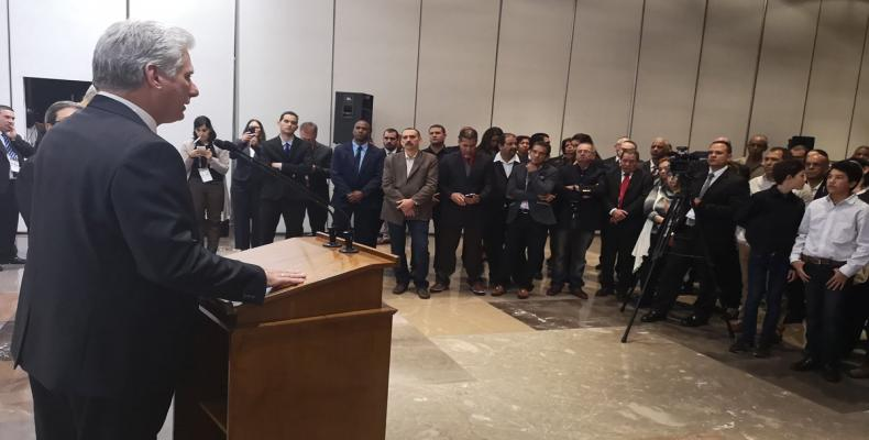 Cuban president meets with diplomatic personnel at Cuban Mission in Mexico City.  Photo: Twitter @DiazCanelB