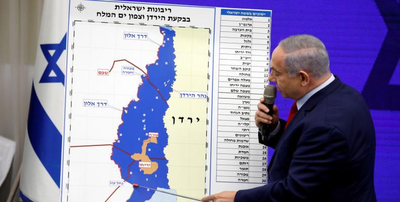Israeli Prime Minister Benjamin Netanyahu at a weekly cabinet meeting in Jerusalem (Photo: CNN)