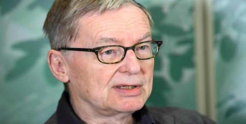 Anders Olsson, secretario permanente de la Academia Sueca, anuncia aplazamiento en entrega de premio Nobel de Literatura 2018. Foto/ Reuters