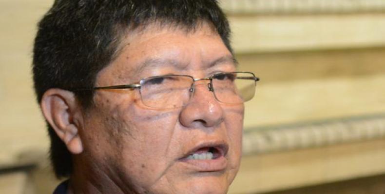 López Sevillano ratifica su respaldo al pueblo y gobierno cubanos. Foto tomada de la ACN