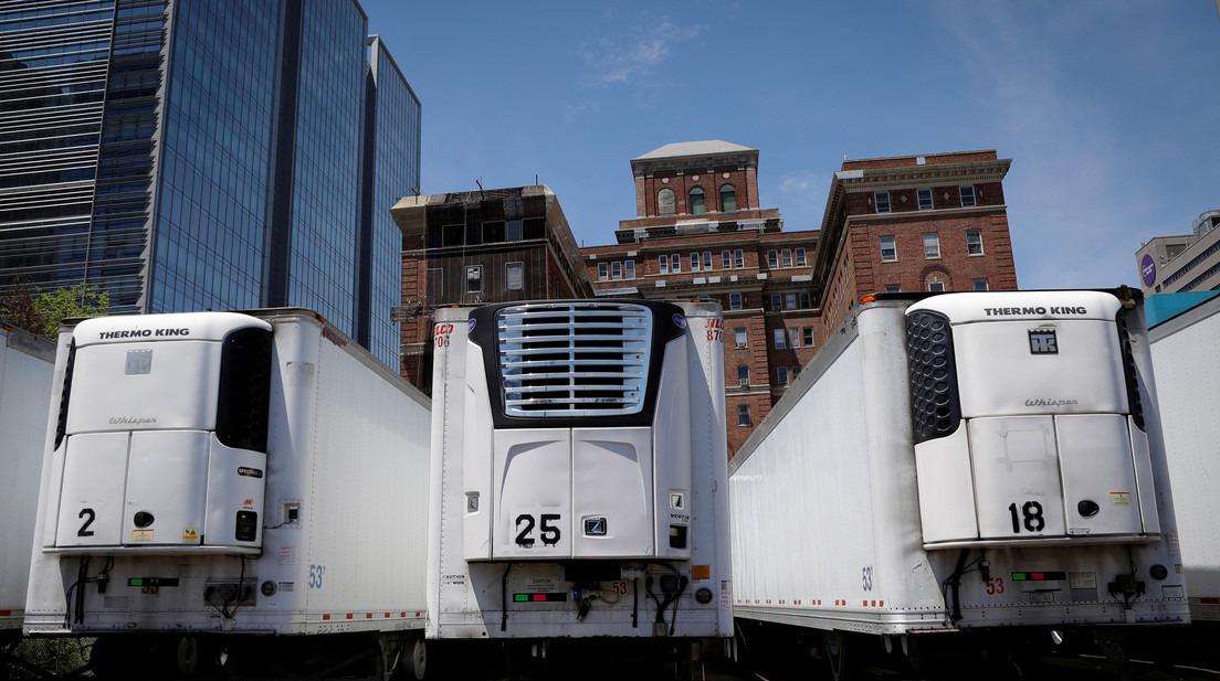 Des centaines de corps de personnes tuées par le Covid-19 sont toujours entreposés dans des camions frigorifiques à New York