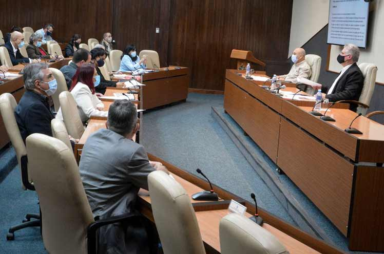 Cuban scientists describe the COVID-19 program as successful