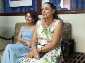 María Justa Calle Andrades, embajadora de Ecuador en La Habana y Yamile Manzor 1ra Presidenta de la Asociación de cubanos residentes en Ecuador.