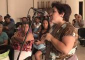Tania Hernández, jefa del departamento de francés en RHC se refirió a la necesidad de estrechar la comunicación con la Facultad de Lenguas extranjeras de La Universidad de La Habana para capacitar a jóvenes que en un futuro apoyen en la realización de la programación de la emisora internacional de onda corta en los ocho idiomas que transmite